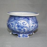"Kutani Ware Round Pot ""Eisho"" Sometsuke Sho-Chiku-Bai pattern / D105mm"