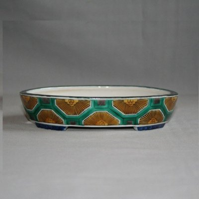 "Photo1: Kutani Ware Oval Pot ""Eisho"" Kikko pattern / W180mm"